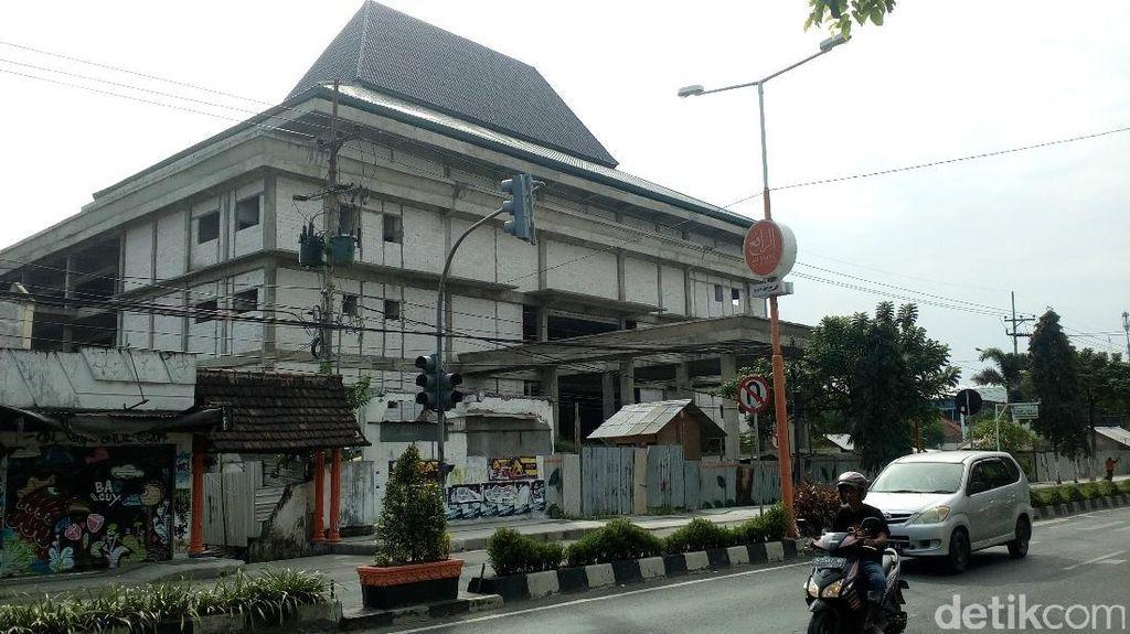 Mega Proyek Gedung Pelayanan di Kota Mojokerto Mangkrak