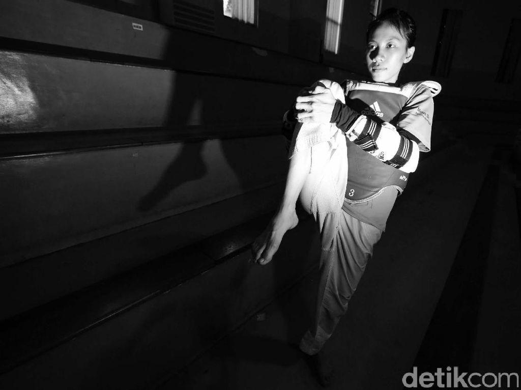 Mariska Halinda Pertahankan Emas di Taekwondo
