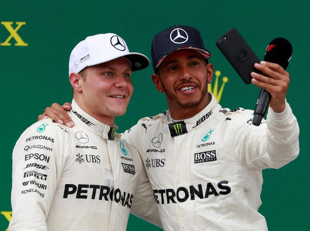 Akhir Pekan yang Sempurna untuk Mercedes