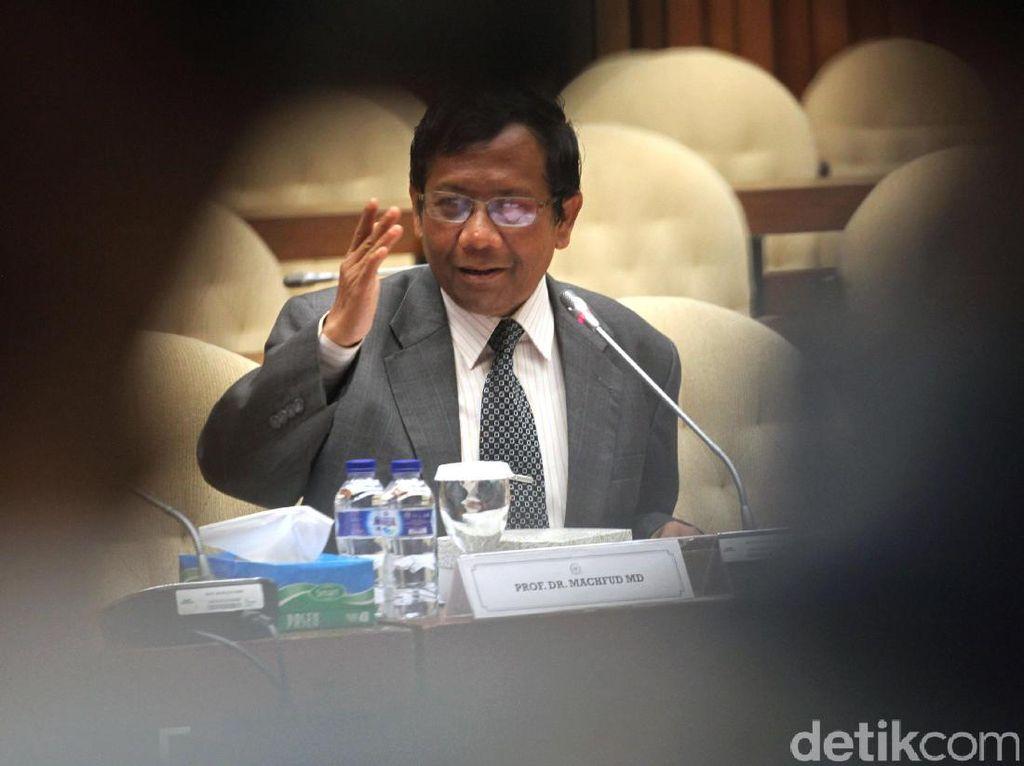 Mahfud MD: Keturunan PKI Sudah Kerja Kantoran, Anggota DPR dan PNS