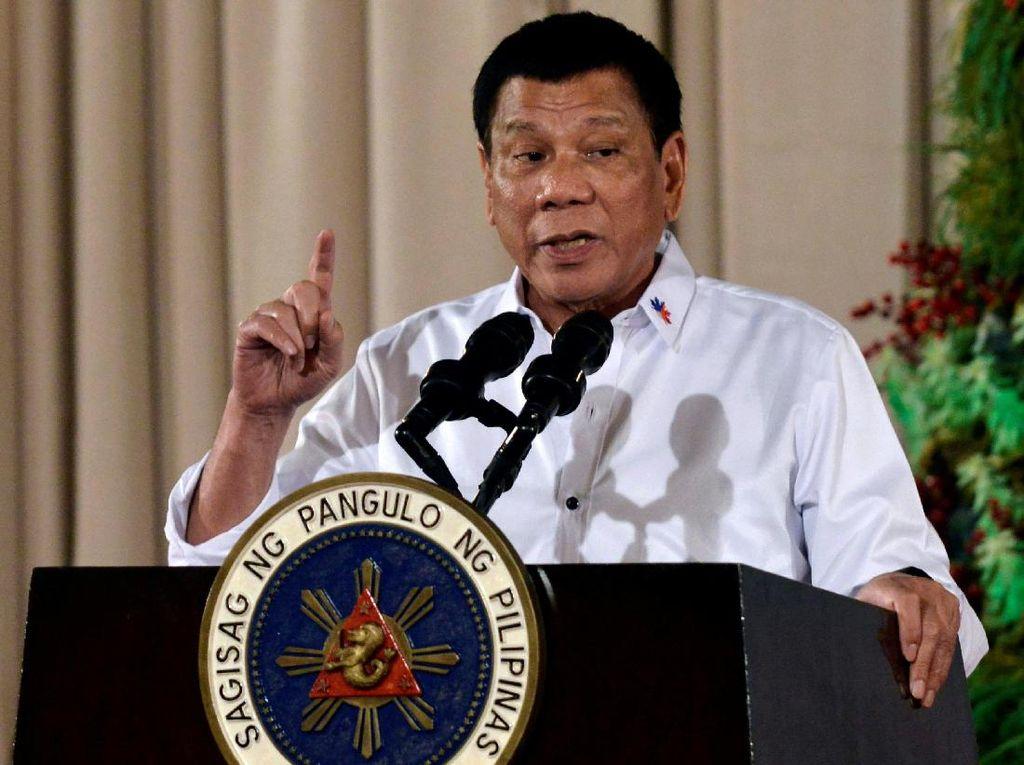 Duterte Siap Tampung Pengungsi Rohingya yang Kabur dari Genosida