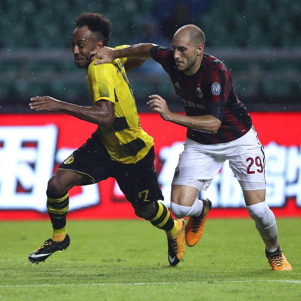 Milan Ditekuk Dortmund 1-3
