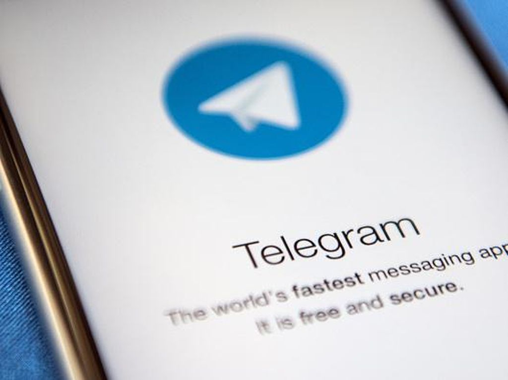 Ini Alasan Apple Hapus Telegram