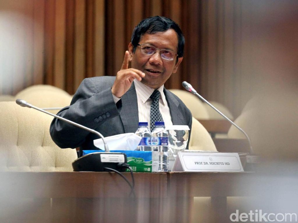 3 Tahun Jokowi-JK, Mahfud MD: Lulus, Nilainya di Atas 55