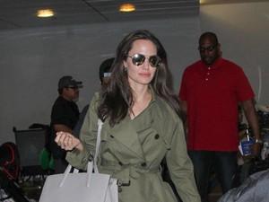 Terus Ditanya Soal Perceraian dengan Brad Pitt, Angelina Jolie Kesal