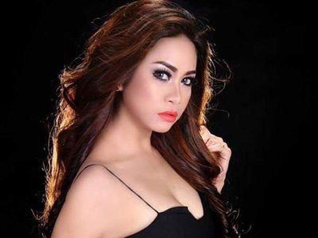 Ini Si Seksi Erlyn Suzan Pedangdut yang Ikut Diamankan Bareng Pretty Asmara