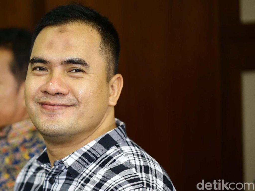 Senyum Saipul Jamil di Sidang Tuntutan