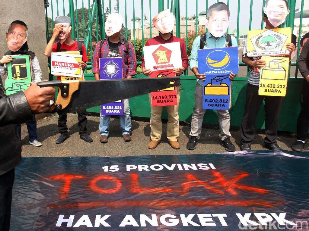 Demo Tolak Pansus Angket KPK