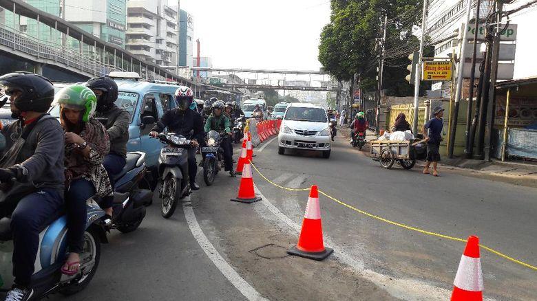 Ini Rute Hindari Kemacetan di Proyek Underpass Matraman