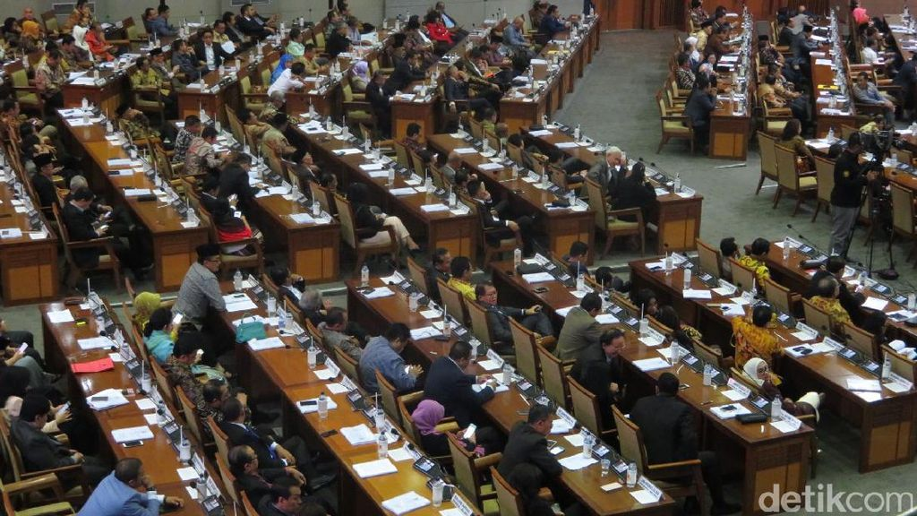 Biasanya Kosong, Begini Penuhnya Kursi Anggota DPR di Paripurna