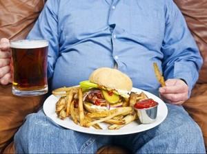 Bar Ini Beri Makan Gratis Pengunjung Obesitas Asal Mau Timbang Berat di Depan Umum