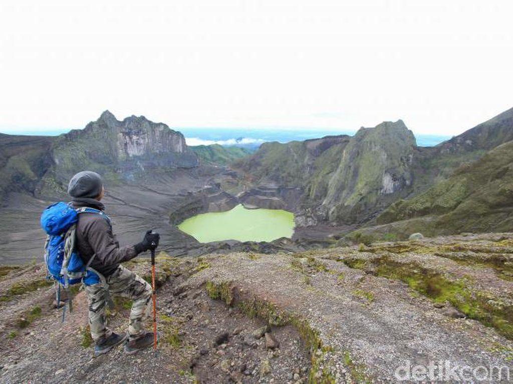 Mengenal Gunung Kelud, Semakin Cantik Tapi Sangat Berbahaya