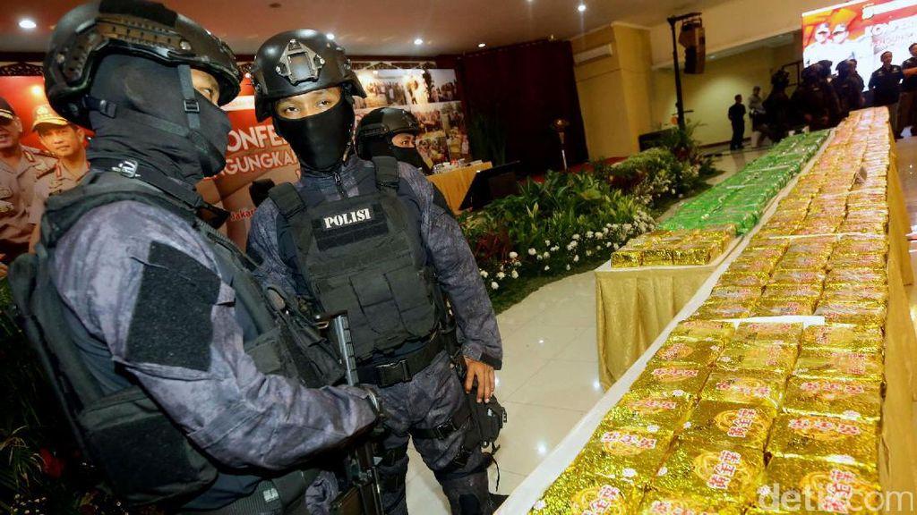 Polisi Rilis Barang Bukti Sabu 1 Ton Asal Taiwan