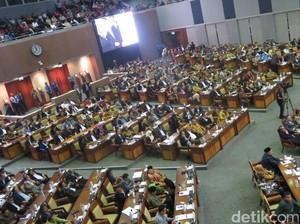 Draf RUU Pemilu: Capres hingga Caleg Minimal Lulusan Perguruan Tinggi