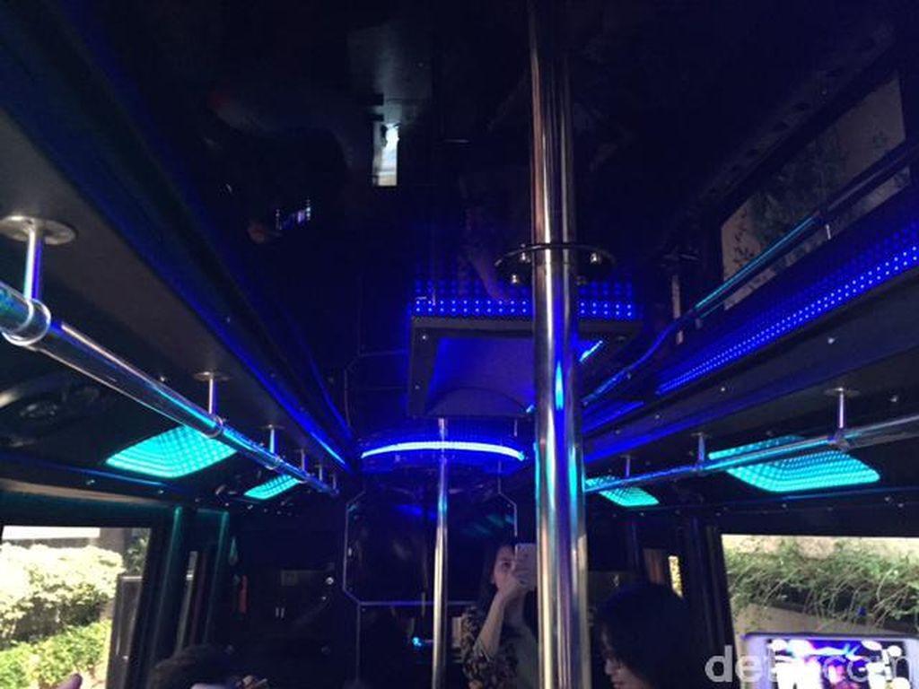 Melihat Interior Bus Party Royale VIP yang Disita Kemenhub