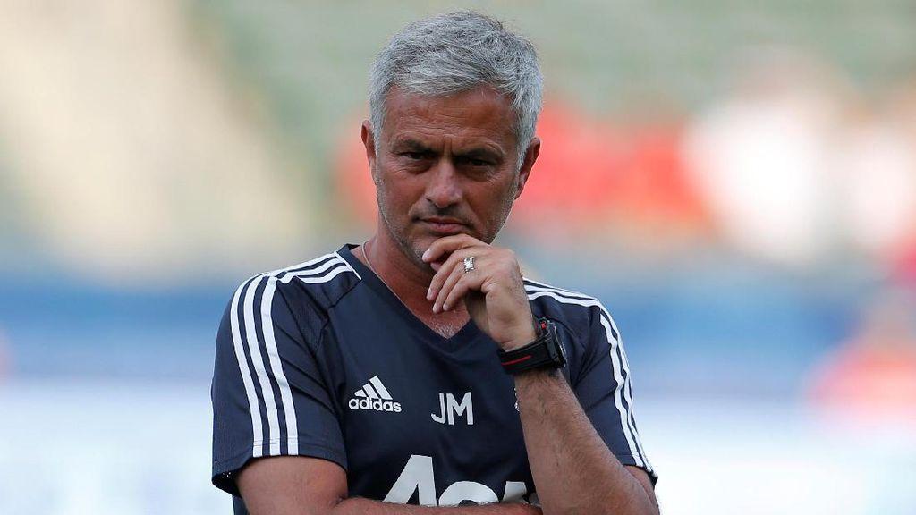 Bursa Transfer Sulit, Mourinho Siap Kurangi Belanja Pemain