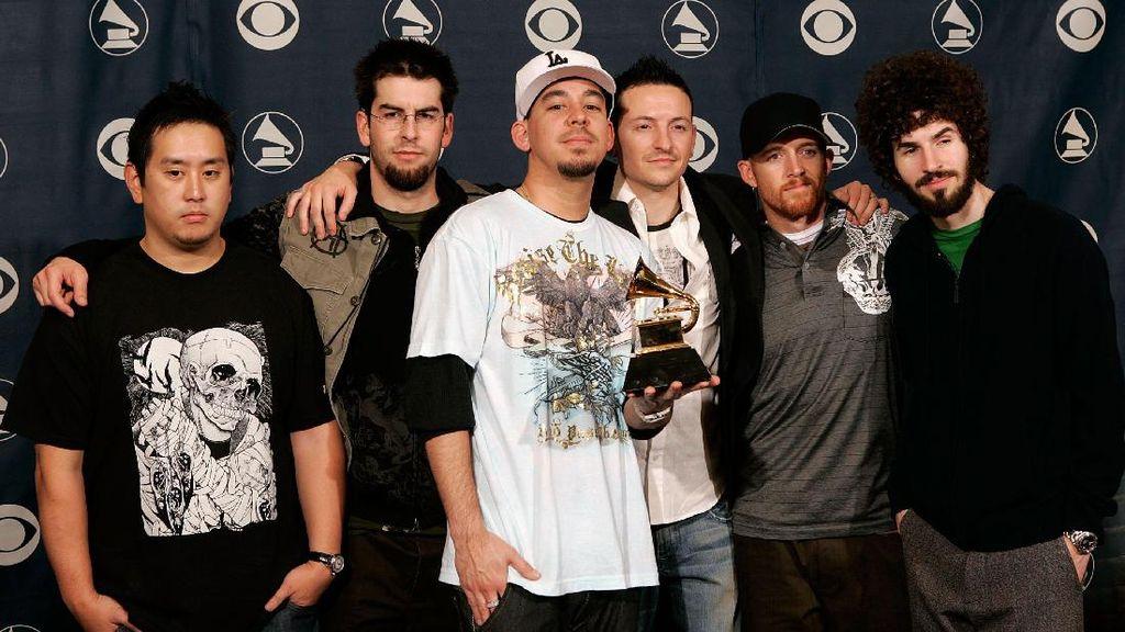Linkin Park Syuting Carpool Karaoke Seminggu Sebelum Chester Meninggal
