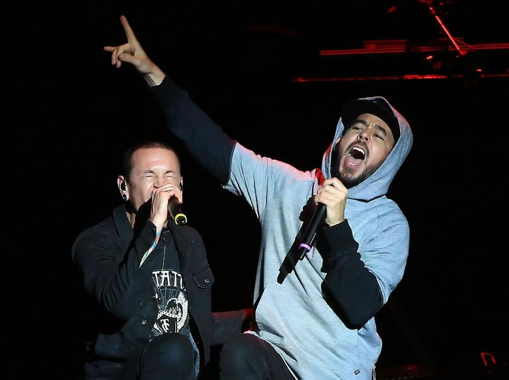Coba Bangkit, Mike Shinoda Terinspirasi Dave Grohl di Nirvana
