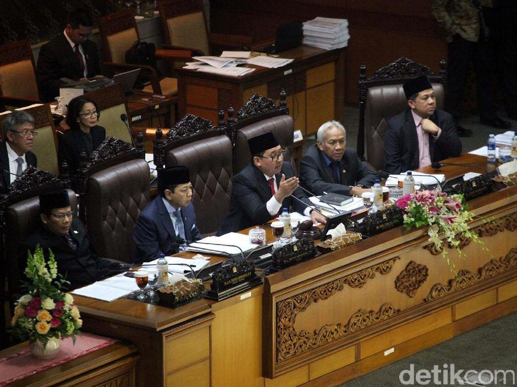 Pimpinan DPR Tak Kompak soal Surat Tunda Pemeriksaan Novanto di KPK