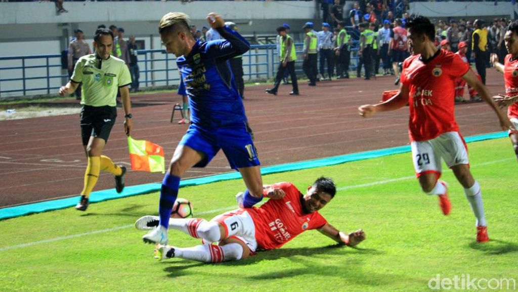 Persib vs Persija Berakhir Imbang 1-1