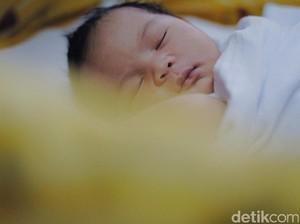 Hendak Menindik Telinga Anak, Baiknya di Usia Berapa?
