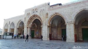 Pria di Bawah 50 Tahun Kembali Dilarang Salat Jumat di Al-Aqsa