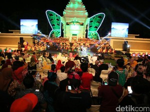 Konser Musikus Cilik Lalare Orkestra Pukau Ribuan Penonton