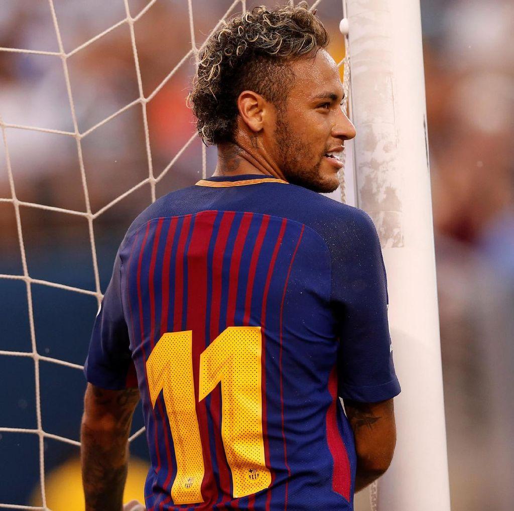Bek PSG Balas Kicauan Pique Soal Neymar