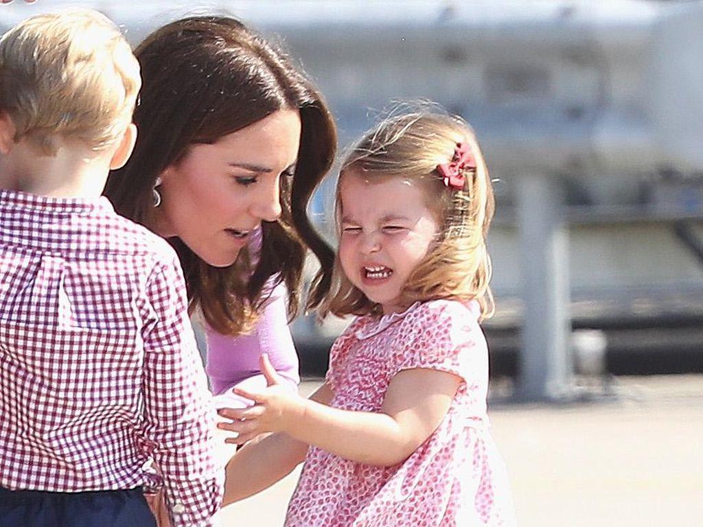 Demi Anak, Pangeran William dan Kate Middleton Langgar Aturan Istana Ini