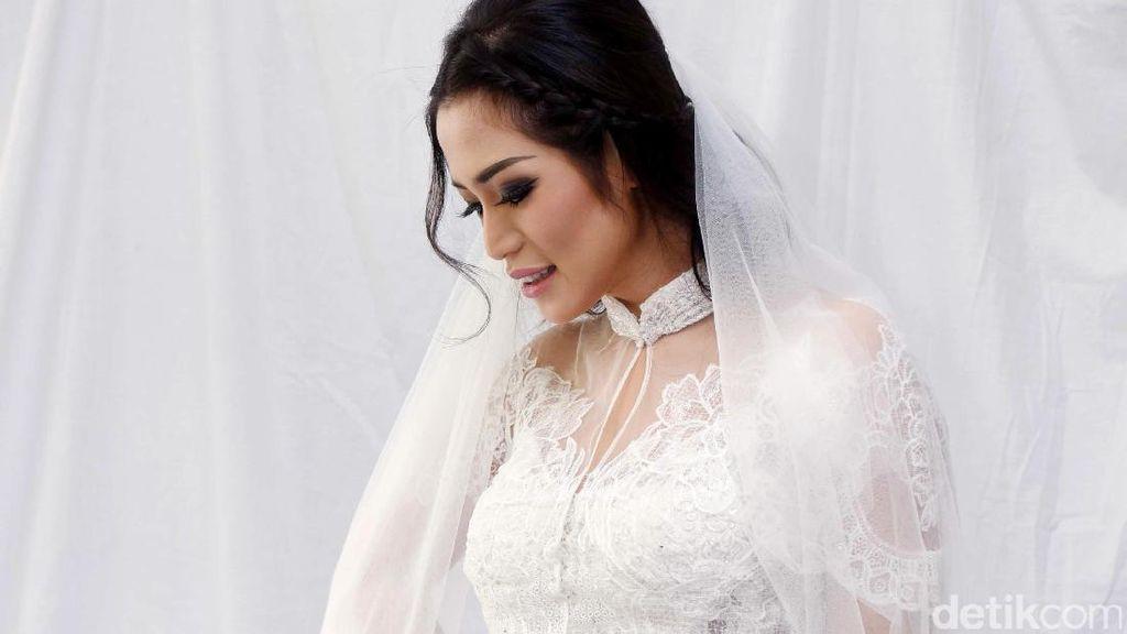 Cantiknya Jessica Iskandar dengan Gaun Pengantin, Siapa Mempelai Cowoknya?