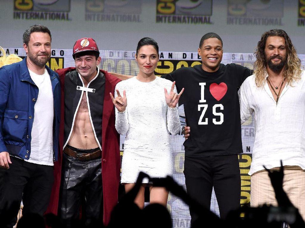Daftar Gaji Para Bintang Justice League, Siapa yang Termahal?