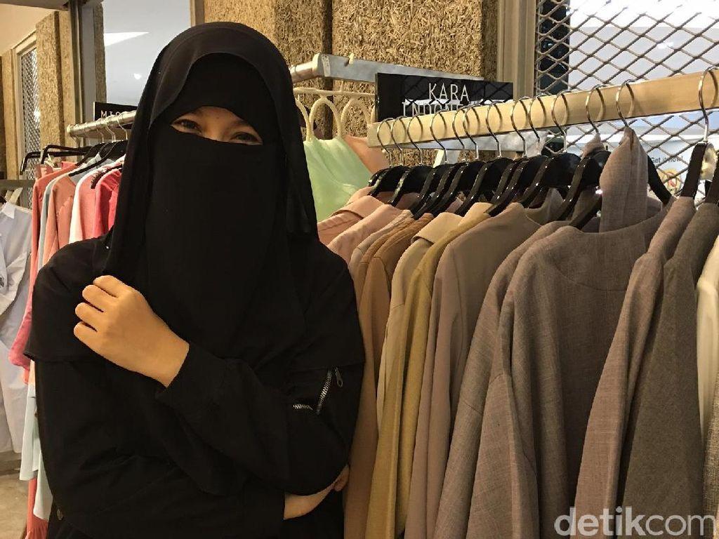 Cadar Poni Hingga Mata Elang, Mengenal Tipe-tipe Niqab di Indonesia