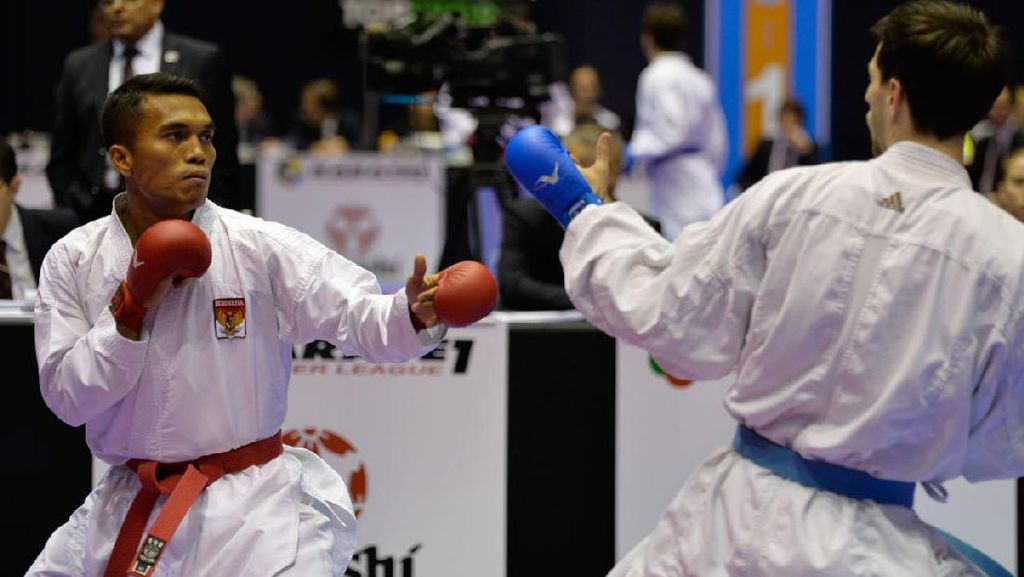 Ketika Jintar Melawan Usia dan Karateka Muda: Diet Ketat, Kikis Habis Asam Laktat