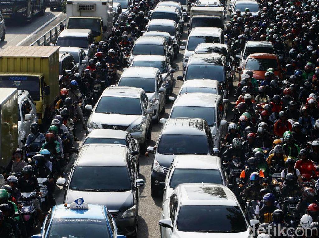 Ini Proyek Infrastruktur yang Bikin Jakarta Macet.. cet.. cet...