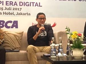 Berkaos Oblong, Sandiaga Bicara Soal Wirausaha Anak Muda Jakarta