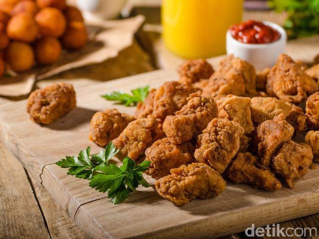 Sore Ini Enaknya Ngemil Taiwan Fried Chicken yang Gurih Pedas