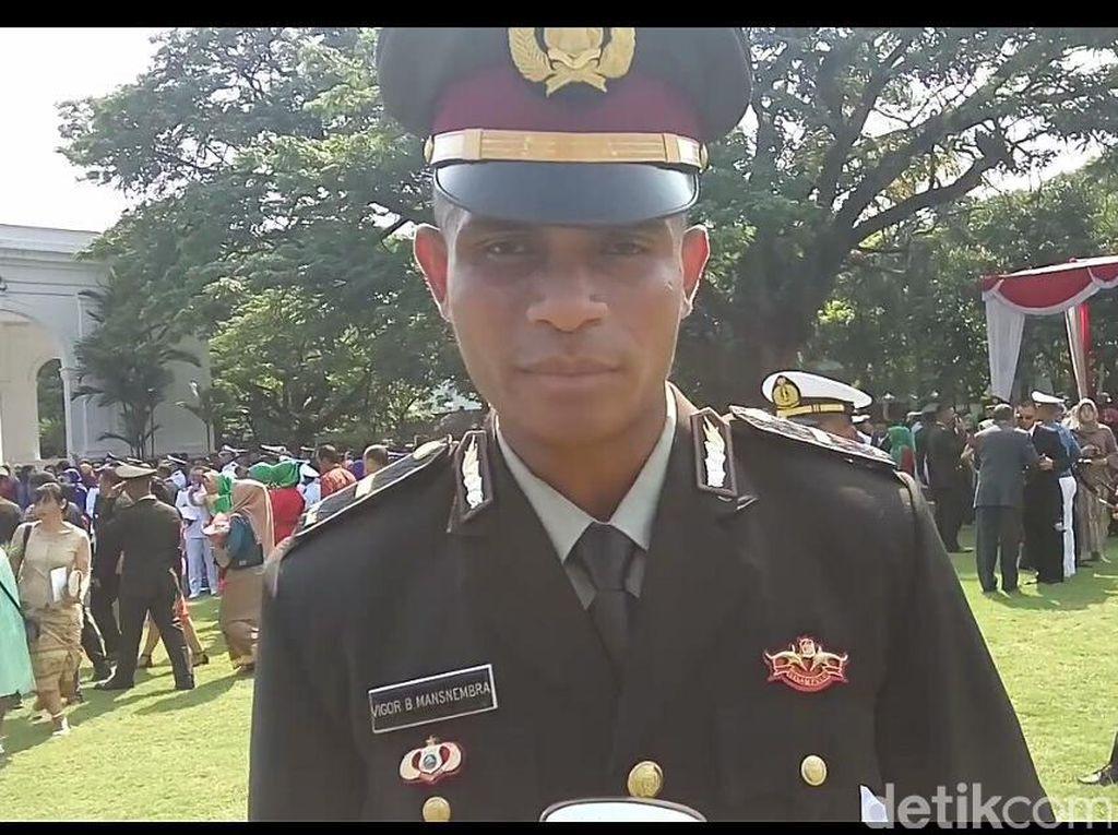 Kisah Ipda Vigor dari Papua: Dari Akmil hingga Jadi Perwira Polri