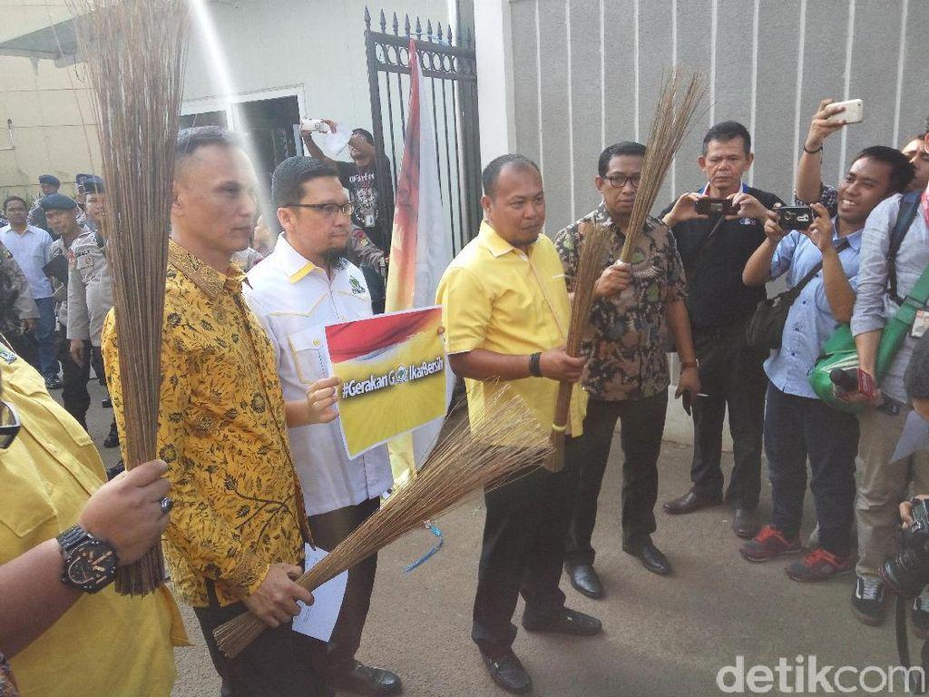 Deklarasi Golkar Bersih Dilarang di DPP, Kader Muda: Aneh dan Lucu