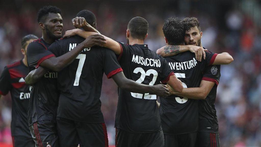 Milan Menang Tipis atas Klub Rumania