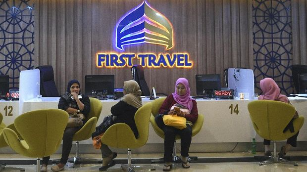 Kantor First Travel, salah satu perusahaan jasa umroh yang diduga menipu para jemaah, Jakarta Selatan, Rabu (26/7).