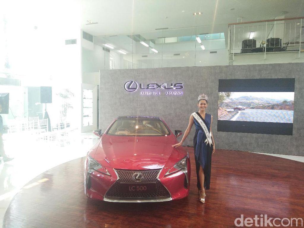 Melihat Mobil Lexus Seharga Rp 4,2 Miliar