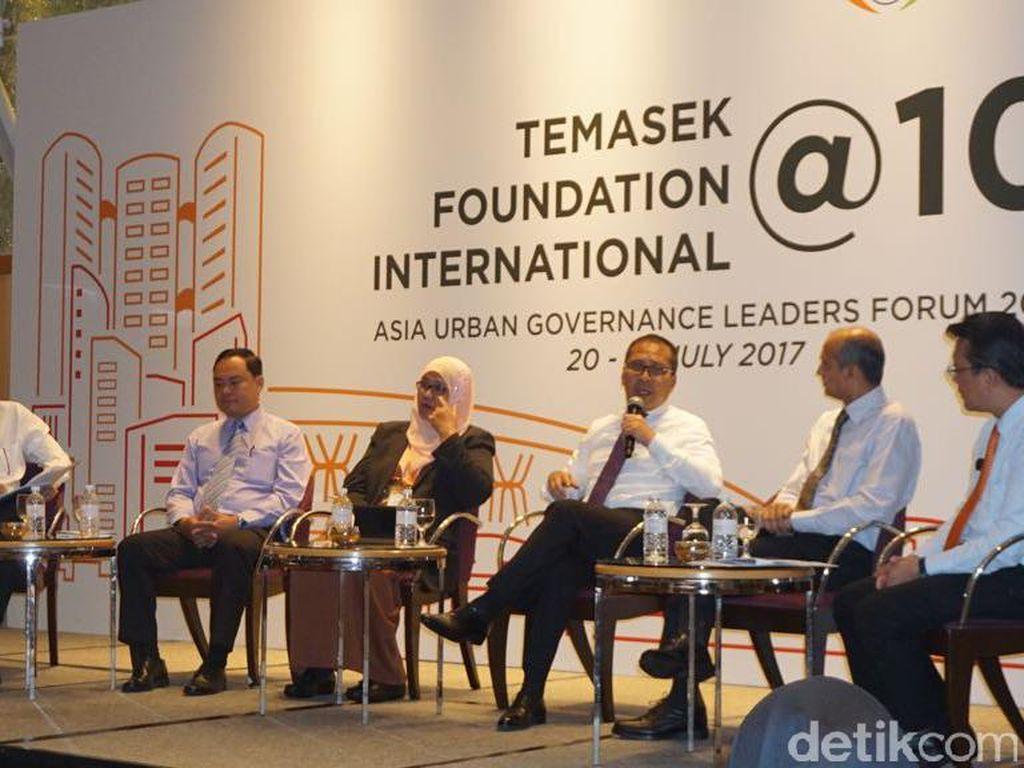 Wali Kota Makassar Jadi Pembicara di Forum Pemkot di Singapura
