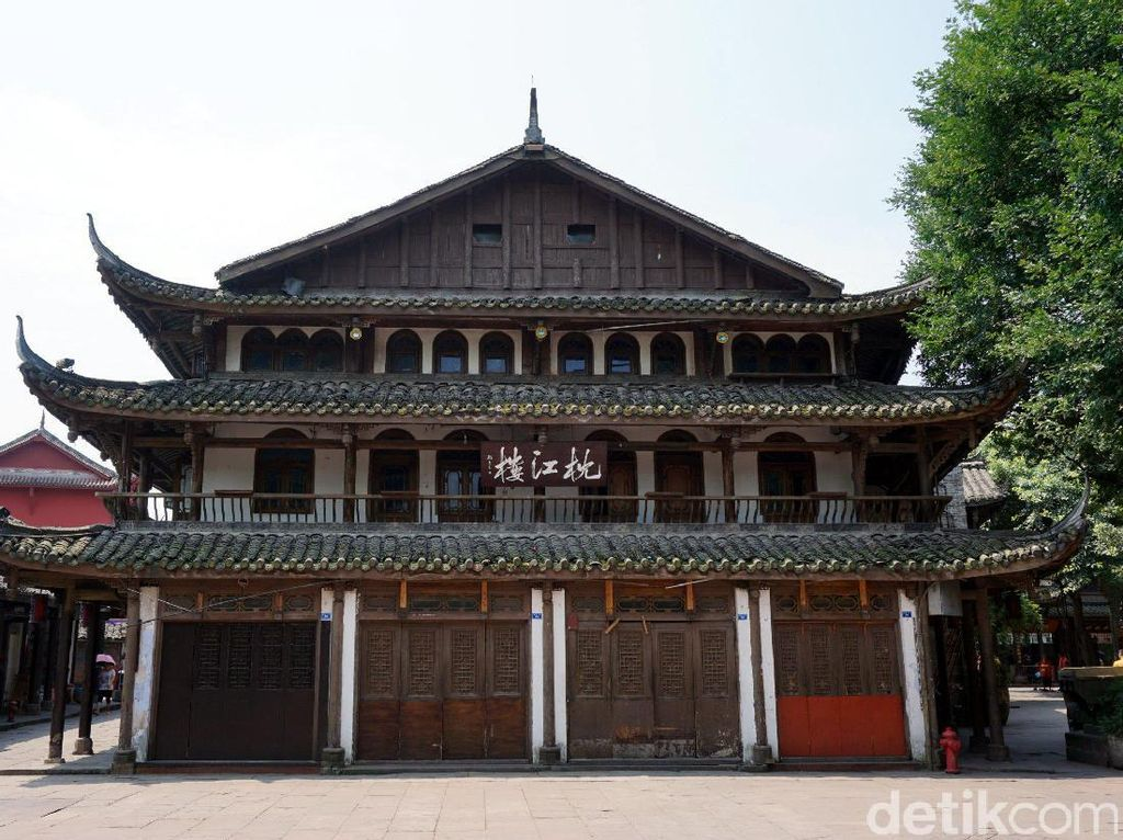Foto: Kota Tua Berusia 1.700 Tahun di China