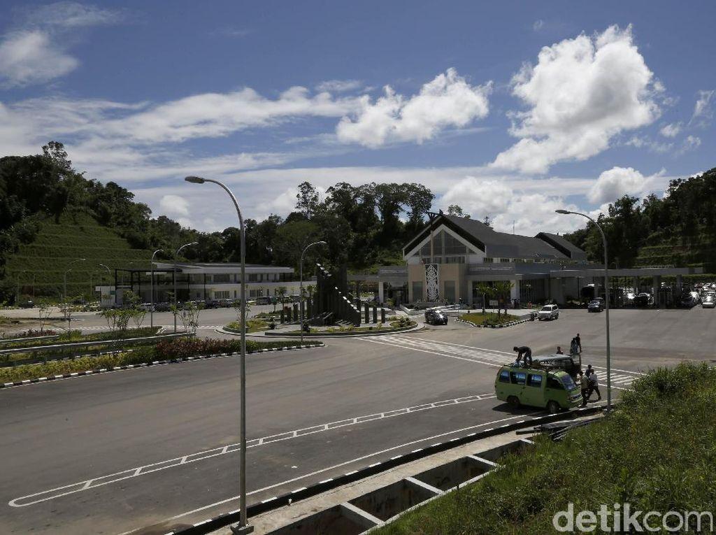 Jokowi: Kunjungan Wisman ke RI Lewat Pos Lintas Batas Naik 671,71%