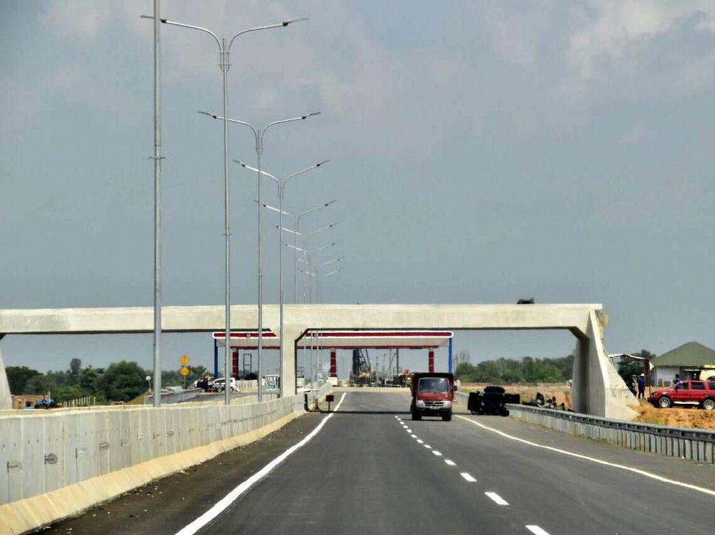 Bangun 1.851 Km Jalan Tol, Jokowi Prioritaskan Swasta dan BUMN