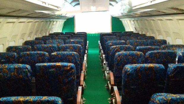 Ruang bioskop dalam pesawat