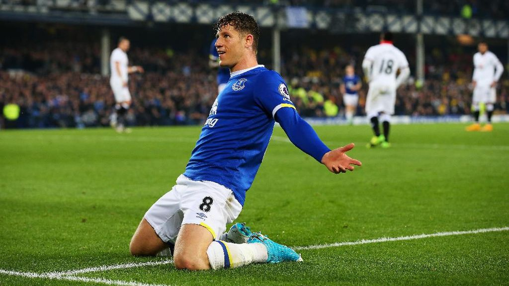 Everton Siap Lepas Ross Barkley