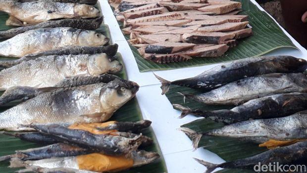 Resep Ikan : Pindang Ikan Kembung Sambal Petai