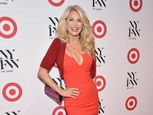 Foto: Cantiknya Supermodel Christie Brinkley yang Awet Muda di Usia 63