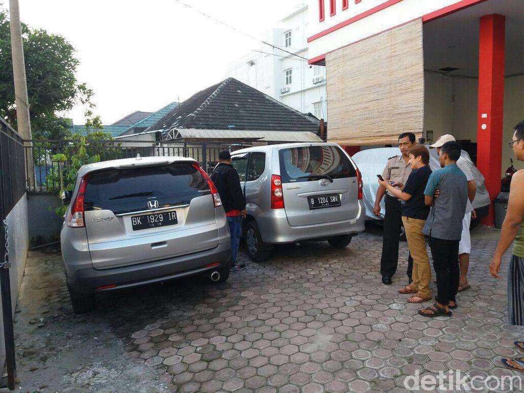 Mobil Penghuni Kosan di Medan Ditembak OTK, Polisi Kejar Pelaku